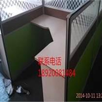 天津優質屏風辦公桌-辦公桌