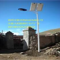西安單臂太陽能路燈廠家報價