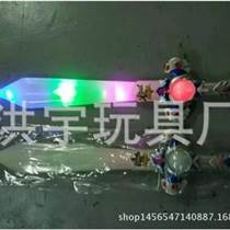 洪宇玩具廠家貨源電動玩具按斤批發電動音樂萬向車 閃光刀劍玩具