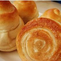 培訓蜂蜜小面包制作過程