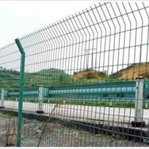 专业生产 框架高速公路护栏网 框架护栏 桥梁高速公路铁艺护栏