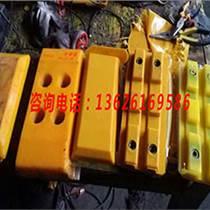 維特根W2000銑刨機聚氨酯履帶板到徐州工程機械之家