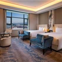 绿色客房—酒店客房装饰画设计