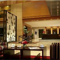 度假酒店大堂藝術裝置設計