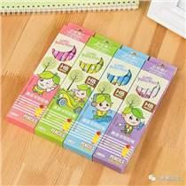 小松树铅笔公司12支彩盒卡通小皮头