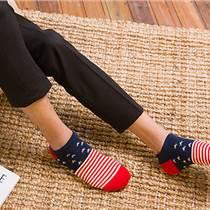 姗姗袜业加工设备高速编织