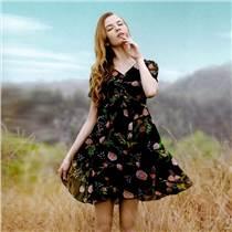 樂町2019夏季新款剪標女裝 佧茜文西樹影黛品牌折扣