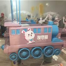 尚雕坊制作商場廣場戶外玻璃鋼餐車雕塑火車擺件售賣車可