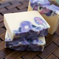 水晶皂出口供應商艾嘉化妝品一手貨源廠家直供