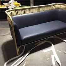 仿藤皮制双人沙发