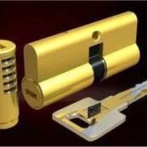 日上防盗门维修更换升级锁芯