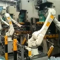 重庆注塑机油压机自动送料机械手价格