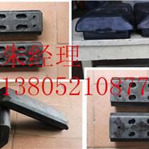 一拖洛陽壓路機LT216B單鋼輪減震塊安全可靠