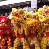 湘菜館店面開張舞獅表演點睛踩青儀式環節