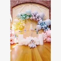 昆明花語花香國慶氣球布置年會氣球展會氣球開業氣球