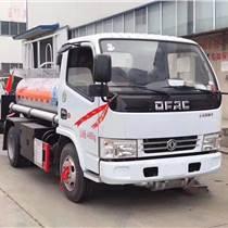 东风多利卡蓝牌2吨加油车厂家直销市区可通行小巧灵活机