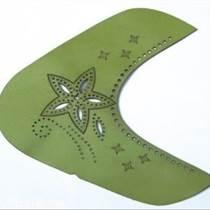 蘇州光福皮革激光沖孔雕花機切割機加工