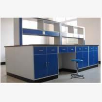 全木實驗臺主要以三聚氰氨板為主材,再配合夾板、中密度