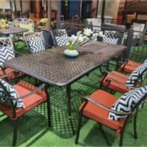 天津戶外碳化防腐桌椅 公園酒吧飯店室外實木餐桌椅組合